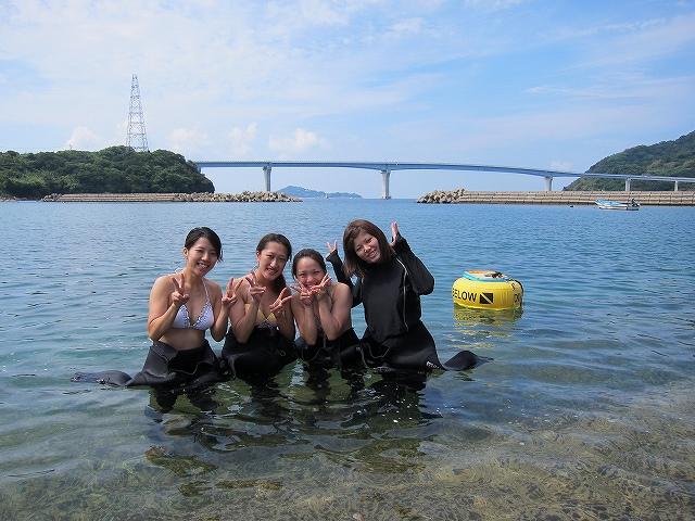 体験ダイビング女子4人組
